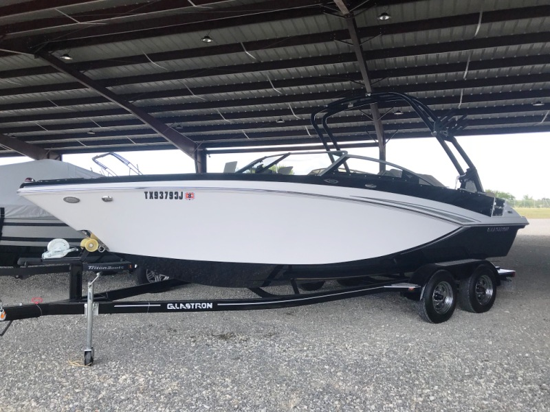 2014 Glastron GTL 225 w/ Trailer