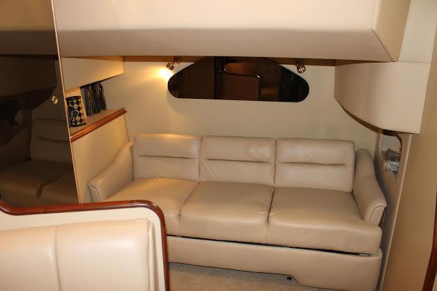 http://eisenhoweryachtclub.com/wp-content/uploads/cabin-couch-1.jpg