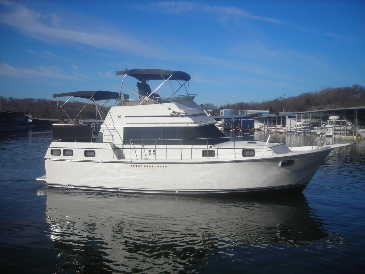 http://eisenhoweryachtclub.com/wp-content/uploads/new-boat-pictures-006.jpg