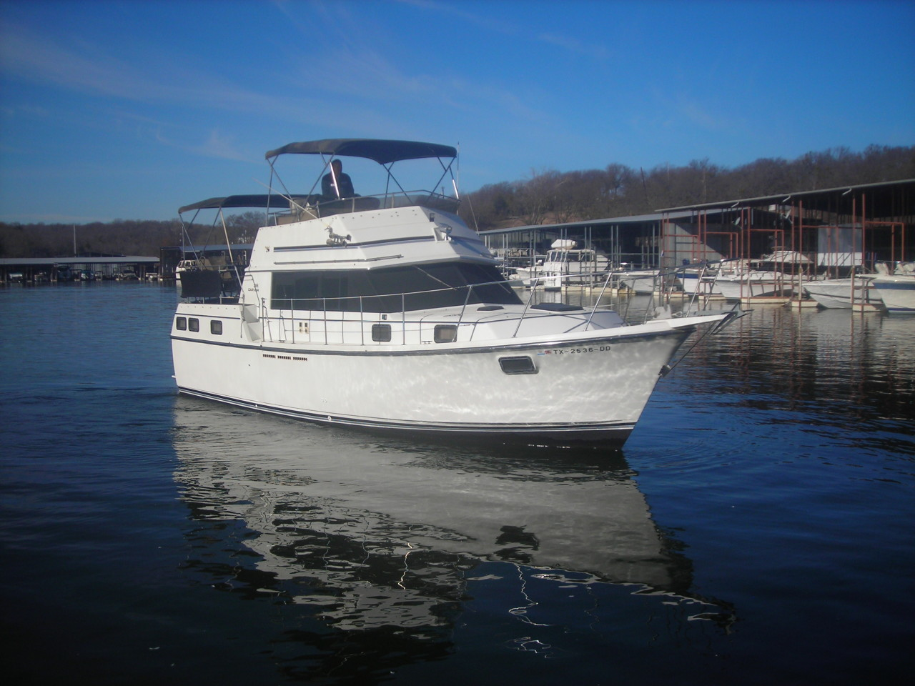 http://eisenhoweryachtclub.com/wp-content/uploads/new-boat-pictures-007.jpg
