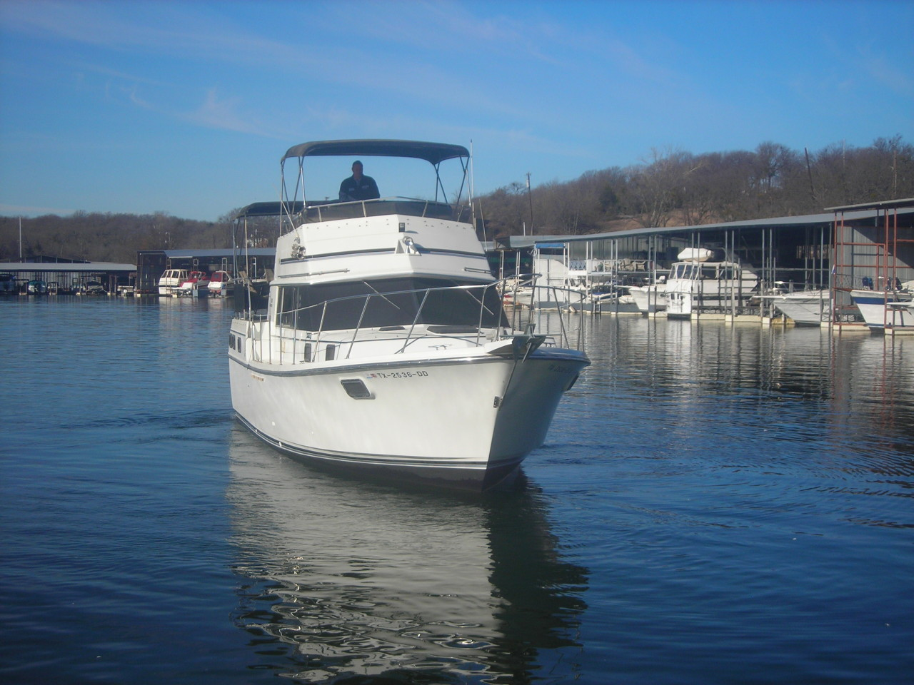 http://eisenhoweryachtclub.com/wp-content/uploads/new-boat-pictures-008.jpg